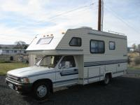 Very nice 1992 Toyota Gulf Stream Conquest camper with