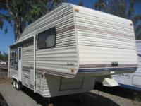 1992 Komfort Komfort 29 29 Komfort Sleeps 4 rear
