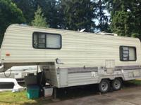 Awesome 22' fifth wheel with no leaks! Just two owners