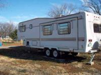 1992 Nu Wa HitchHiker II This 5th wheel is fully self