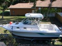 1992 PRO-LINE 2950 WALKAROUND, Fishing boat, has