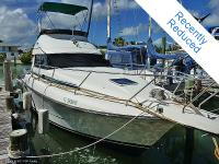 Great updated live-aboard or weekender! Simply made the