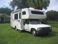 1992 21 ft. Toyota Warrior Motor home, Meticulously