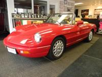 1993 Alfa Romeo Spider Veloce... This car is truley one