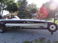 1993 ASTRO S-18B Fiberglass Bass Boat 18'. 115 Mercury,