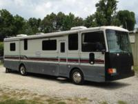 I am offering a 1993 Coachmen 360 RD-Spartan mobile