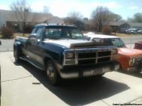 Has banks system,pac exaust brake,5spd trans,A/C, long