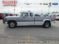 Options Included: N/AThis 1993 Dodge D350 LE Club Cab