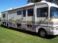 1993 Fleetwood Bounder Class A. Automatic transmission