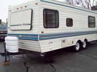 1993 FOUR WINDS TRAVLER TRAILER 24FT CLEAN IN AN OUT