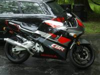 Adult owned 1993 Honda CBR 600 f2 up for sale. 13,xxx