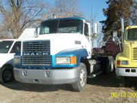 Conventional Trucks Day Cab. 1993 Mack CH613 DAYCAB