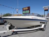 1993 Maxum Marine 1900/SR with a 5.0L Mercruiser