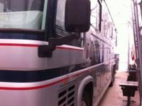 1993 Newell Coach M-42. This 1993 Newell Coach M-42 is