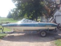 1993 Stratos 280SF Fish and Ski Boat for sale. 18ft 6