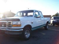 Exterior Color: WHITE Engine: V8 Drivetrain: 4WD