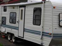 1994 Kit Companion Travel Trailer--Great shape.