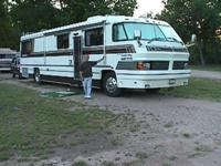 1994 FORETRAVEL GRANDVILLA UNIHOME. 40 FOOT LONG.