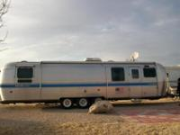1994 Airstream Excella 1000 Front Kitchen ModelVIN:
