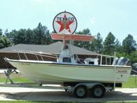 1994 Boston Whaler Outrage 21 foot with twin 115 Yamaha