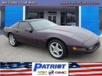 GREAT MILES 47,928! Corvette trim. Leather Seats, Targa