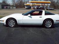 1994 CHEVROLET CORVETTE VERY CLEAN INSIDE AND OUTSIDE