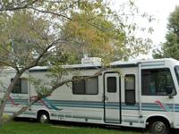 1994 Damon challenger 32 ft. 55000 miles.it has ford
