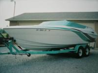 1994 Four Winns Liberator OBO, 150 hours, Bimini Top