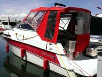 1994 4 Winns Vista 238 OMC 5.8 L. Aft log cabin vessel