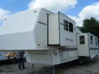 Stock#7226 Condition: Used 1994 HITCHHIKER Fifth Wheel,