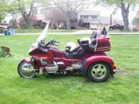For sale is a 1994 Honda Goldwing GL1500SE with