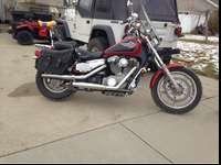 Honda shadow 1100, loud pipelines Mustang seat, sissy