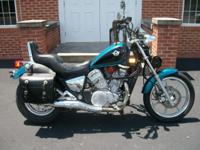 This is a very nice 1994 Kawasaki Vulcan 750. The bike