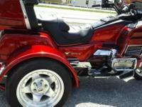 1994 HONDA GOLDWING TRIKE ONLY 43,000 MILES ON IT, VERY