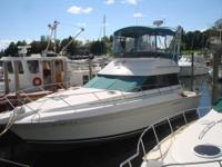 Twin 502 (8.2L) Crusader Engines Flybridge with Bimini,