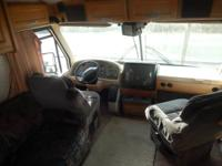 1994 Southwind 36' Diesel Pusher Motorhome ,with a