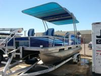 Selling one of a kind StarCraft 22' long pontoon with