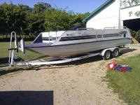1994 Sun Tracker Party Express Please contact boat the