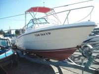 Tiara Pursuit 2550 (OR 704YW) This boat has a brand new