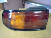 1994 TOYOTA CAMERY 2.2 RIGHT AND LEFT TAIL LIGHTS