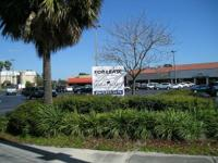 Retail For Lease.  Tavares * DRIVE THRU * End Cap.