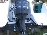 1995 20FT. HURRICANE DECK BOAT 135 MERCURY 2-STROKE