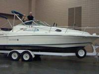Type of Boat: Cruiser Year: 1995 Make: Rinker Model: