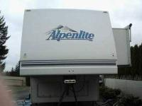 1995 Alpenlite 4 Seasons in Excellent Condition No