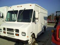 1995 Chevrolet Oshkosh box truck 1 1/2 ton diesel box