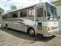 1995 Coachmen Destiny 380 38 foot diesel pusher with