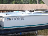 1995 Donzi 22 Classic is in good condition according to