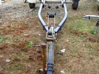 20' Boat Trailer this trialer is a roller trailer no