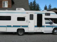 1995 Fleetwood Tioga- - 22 Feet long 1 Awning - Living