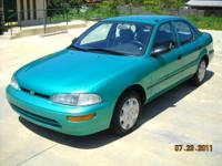 1995 GEO PRISM LSI 4-DOOR SEDAN PAMPERED WITH ONLY TWO